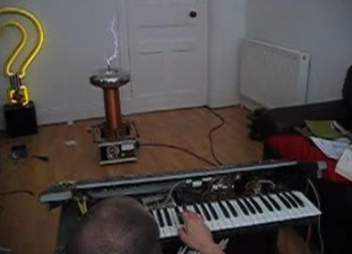 teclado ativa bobina tesla