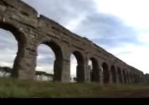 arcos elevados de transporte de agua