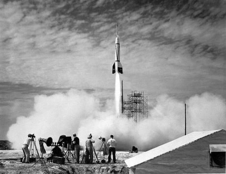 primeiros testes de foguetes antes da nasa