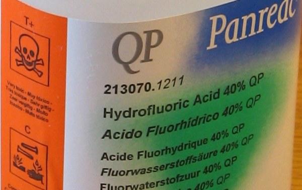 acido-fluoridrico-frasco